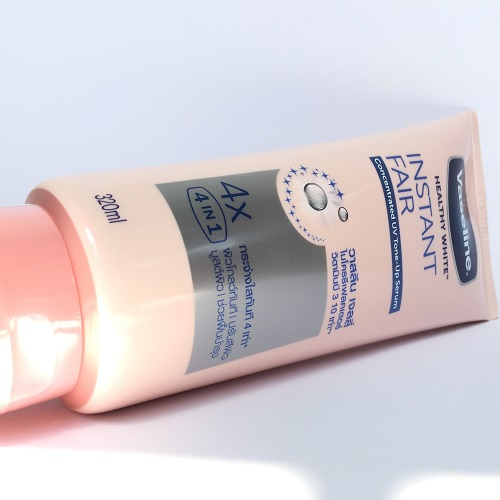 Sữa-dưỡng-thể-Vaseline-Thái-Lan