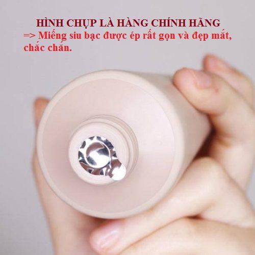 SUA-RUA-MAT-INNISFREE-CHINH-HANG
